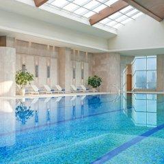 Отель Sheraton Xian Hotel Китай, Сиань - отзывы, цены и фото номеров - забронировать отель Sheraton Xian Hotel онлайн бассейн фото 2