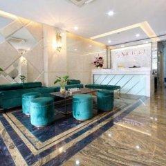 Отель RedDoorz Plus near Tan Son Nhat Airport 2 интерьер отеля фото 2