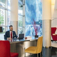Отель NH Collection Frankfurt City интерьер отеля фото 2