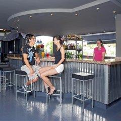 Отель Lively Magaluf - Adults Only гостиничный бар