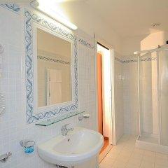 Отель Venice Hotel San Giuliano Италия, Местре - 2 отзыва об отеле, цены и фото номеров - забронировать отель Venice Hotel San Giuliano онлайн ванная