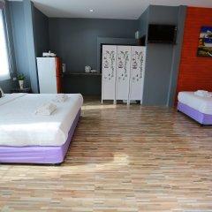 Отель Greenery Resort Koh Tao сейф в номере