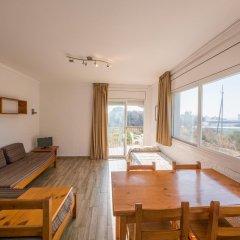 Отель Apartaments AR Muntanya Mar Испания, Бланес - отзывы, цены и фото номеров - забронировать отель Apartaments AR Muntanya Mar онлайн комната для гостей фото 3