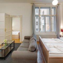 Отель Charles Bridge Premium Apartments Чехия, Прага - отзывы, цены и фото номеров - забронировать отель Charles Bridge Premium Apartments онлайн комната для гостей фото 3