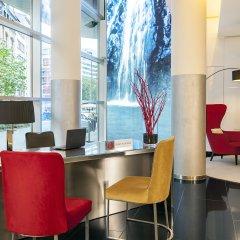 Отель NH Collection Frankfurt City интерьер отеля