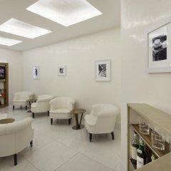 Отель Una Maison Milano Италия, Милан - 1 отзыв об отеле, цены и фото номеров - забронировать отель Una Maison Milano онлайн гостиничный бар