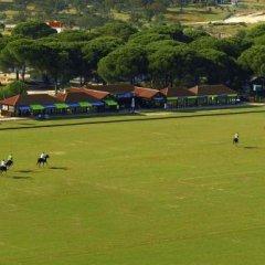 Отель La Varzea Polo & Golf Resort спортивное сооружение