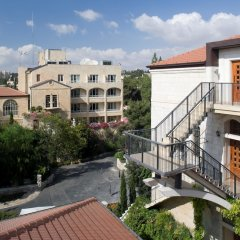 The American Colony Hotel – Small Luxury Hotels of the World Израиль, Иерусалим - отзывы, цены и фото номеров - забронировать отель The American Colony Hotel – Small Luxury Hotels of the World онлайн балкон