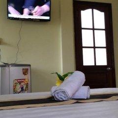 Отель An Thi Homestay Хойан удобства в номере