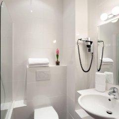 Отель Virgina Франция, Париж - 3 отзыва об отеле, цены и фото номеров - забронировать отель Virgina онлайн ванная фото 2