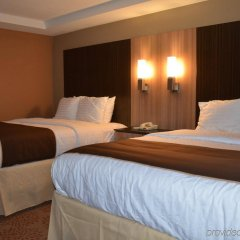 Отель Aashram Hotel by Niagara River США, Ниагара-Фолс - отзывы, цены и фото номеров - забронировать отель Aashram Hotel by Niagara River онлайн комната для гостей