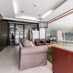 Отель Double Two@Sathorn Бангкок комната для гостей фото 2