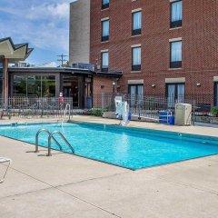 Отель Holiday Inn Express Columbus Downtown США, Колумбус - отзывы, цены и фото номеров - забронировать отель Holiday Inn Express Columbus Downtown онлайн с домашними животными