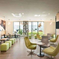 Отель Super 8 Munich City North гостиничный бар