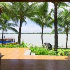 Отель Vinh Hung Riverside Resort & Spa Вьетнам, Хойан - отзывы, цены и фото номеров - забронировать отель Vinh Hung Riverside Resort & Spa онлайн балкон