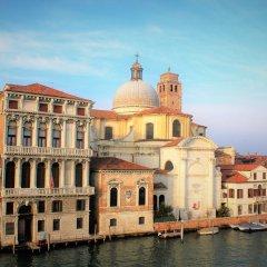 Отель B&B Corner Италия, Венеция - отзывы, цены и фото номеров - забронировать отель B&B Corner онлайн приотельная территория фото 2