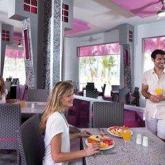 Отель Riu Palace Bavaro All Inclusive Доминикана, Пунта Кана - отзывы, цены и фото номеров - забронировать отель Riu Palace Bavaro All Inclusive онлайн питание фото 2