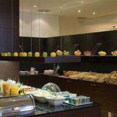 Отель NH Wien City Австрия, Вена - 7 отзывов об отеле, цены и фото номеров - забронировать отель NH Wien City онлайн питание фото 2