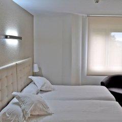 Отель Apartamentos Don Carlos Испания, Сантандер - отзывы, цены и фото номеров - забронировать отель Apartamentos Don Carlos онлайн комната для гостей