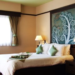 Отель Sarita Chalet & Spa Таиланд, Паттайя - отзывы, цены и фото номеров - забронировать отель Sarita Chalet & Spa онлайн комната для гостей фото 3