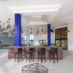 Отель Emerald Maldives Resort & Spa - Platinum All Inclusive Мальдивы, Медупару - отзывы, цены и фото номеров - забронировать отель Emerald Maldives Resort & Spa - Platinum All Inclusive онлайн гостиничный бар