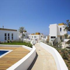 Отель Paradise Cove Luxurious Beach Villas Кипр, Пафос - отзывы, цены и фото номеров - забронировать отель Paradise Cove Luxurious Beach Villas онлайн бассейн фото 10