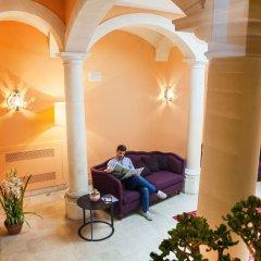 Отель Antico Hotel Roma 1880 Италия, Сиракуза - отзывы, цены и фото номеров - забронировать отель Antico Hotel Roma 1880 онлайн интерьер отеля фото 3