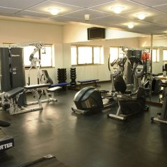 Avari Dubai Hotel фитнесс-зал фото 3