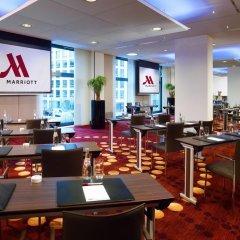 Отель Berlin Marriott Hotel Германия, Берлин - 3 отзыва об отеле, цены и фото номеров - забронировать отель Berlin Marriott Hotel онлайн питание фото 2