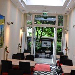 Alp Hotel Amsterdam Амстердам интерьер отеля