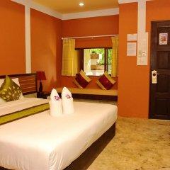 Отель Koh Tao Simple Life Resort сейф в номере