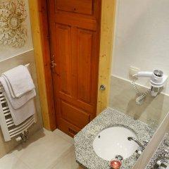 Отель Sabała Польша, Закопане - отзывы, цены и фото номеров - забронировать отель Sabała онлайн ванная фото 2