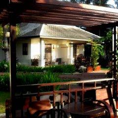 Отель Golden Pine Beach Resort & Spa Таиланд, Пак-Нам-Пран - 1 отзыв об отеле, цены и фото номеров - забронировать отель Golden Pine Beach Resort & Spa онлайн гостиничный бар