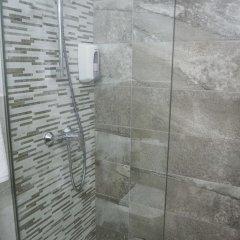Отель Apartamentos Loar Ferreries ванная фото 2