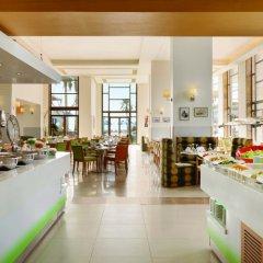 Отель Ramada Resort Dead Sea Иордания, Ма-Ин - 1 отзыв об отеле, цены и фото номеров - забронировать отель Ramada Resort Dead Sea онлайн питание фото 2