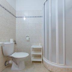 Hotel Koruna Злонице ванная фото 2