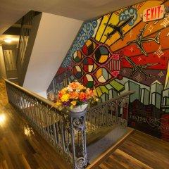 Отель Explore Hotel and Hostel США, Юнион Сити - 6 отзывов об отеле, цены и фото номеров - забронировать отель Explore Hotel and Hostel онлайн интерьер отеля