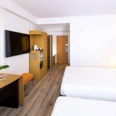 Отель Novotel Madrid Campo de las Naciones комната для гостей фото 6