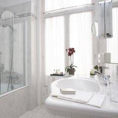 Отель Le Plaza Brussels Бельгия, Брюссель - 1 отзыв об отеле, цены и фото номеров - забронировать отель Le Plaza Brussels онлайн ванная фото 2