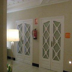 Отель B&B Hi Valencia Cánovas интерьер отеля