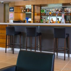 Отель Holiday Inn Express Glasgow City Centre Riverside гостиничный бар