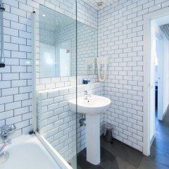 Отель Azimut Flathotel Aparthotel Бельгия, Брюссель - отзывы, цены и фото номеров - забронировать отель Azimut Flathotel Aparthotel онлайн ванная