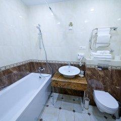 Гостиница Реверанс в Санкт-Петербурге отзывы, цены и фото номеров - забронировать гостиницу Реверанс онлайн Санкт-Петербург ванная