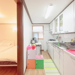 Kpopstarz Guesthouse - Caters to Women (отель для женщин) в номере