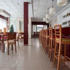 Отель Estudios RH Sol Испания, Пляж Леванте - отзывы, цены и фото номеров - забронировать отель Estudios RH Sol онлайн гостиничный бар