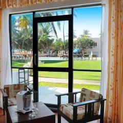 Отель Golden Star Beach Hotel Шри-Ланка, Негомбо - отзывы, цены и фото номеров - забронировать отель Golden Star Beach Hotel онлайн балкон