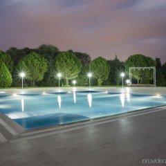 Holiday Inn Bursa Турция, Улудаг - отзывы, цены и фото номеров - забронировать отель Holiday Inn Bursa онлайн бассейн