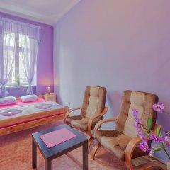 Отель Hostel 70s and Queen Apartments Польша, Краков - 2 отзыва об отеле, цены и фото номеров - забронировать отель Hostel 70s and Queen Apartments онлайн балкон