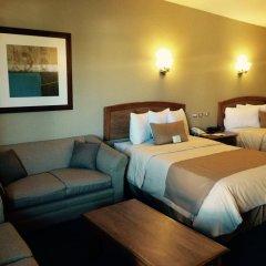 Отель Best Western Cumbres Inn Cd. Cuauhtémoc комната для гостей фото 3