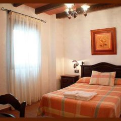 Отель Hostal Torre de Guzman Испания, Кониль-де-ла-Фронтера - отзывы, цены и фото номеров - забронировать отель Hostal Torre de Guzman онлайн комната для гостей фото 2